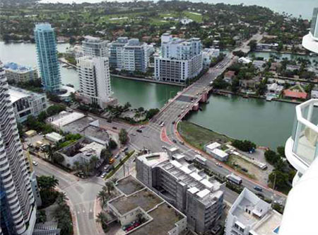 Akoya Condominiums in Miami Beach Florida