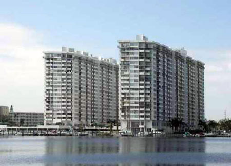 Del Prado on the Bay Condo, Aventura, Florida