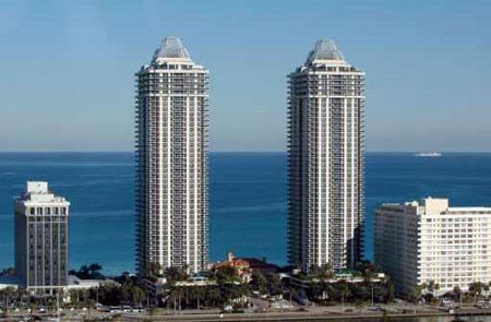 Blue and Green Diamonds Condominiums in Miami Beach