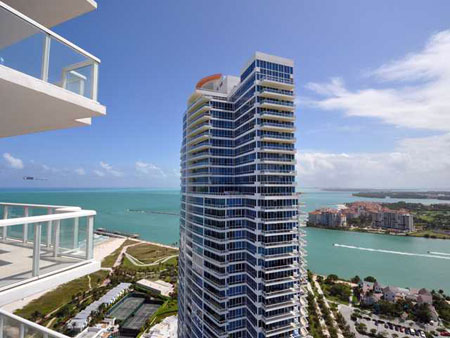 Condo For And In South Beach