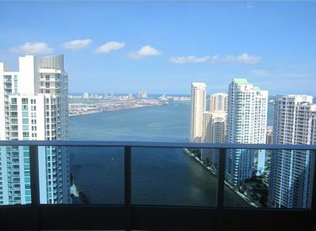 Epic Residences Downtown Miami