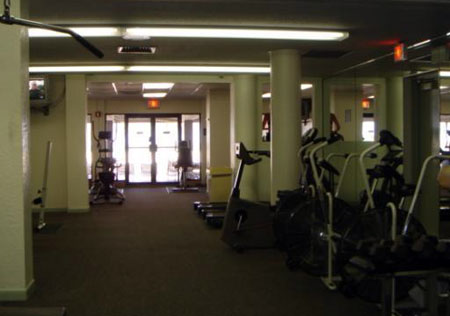Commercial Room For Rent Hallandale