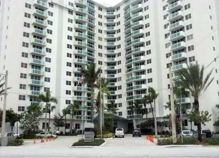 Residences on Hollywood Beach Florida