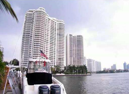 WIlliams Island 2000 Condo in Miami, Florida