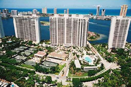 Bella Mare at Williams Island Aventura