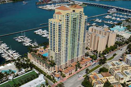 The Yacht Club at Portofino, South Beach