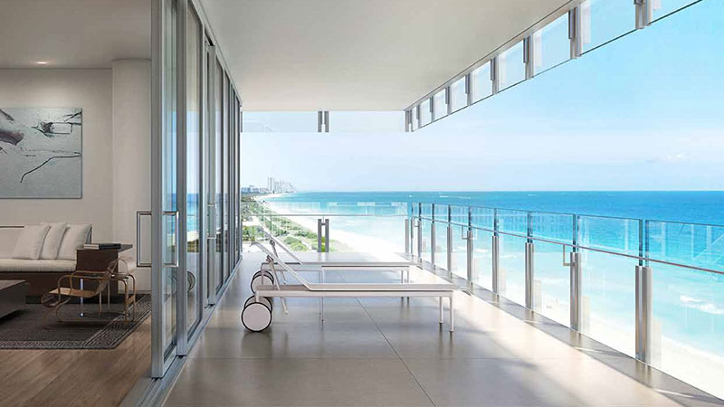 The Surf Club Four Seasons Residences in Miami Beach, Balcony