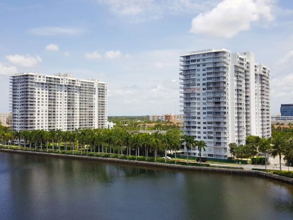 Admirals Port Condos For Sale And Rent In Aventura