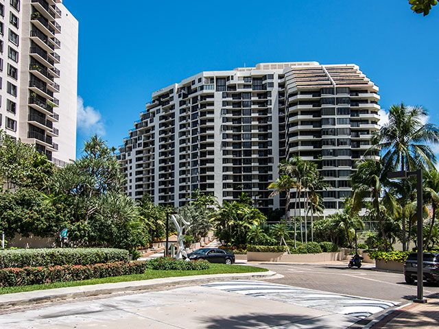 Brickell Key One apartments for sale and rent