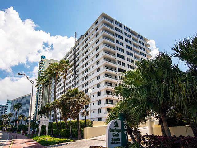 Carriage Club Condo For And In Miami Beach