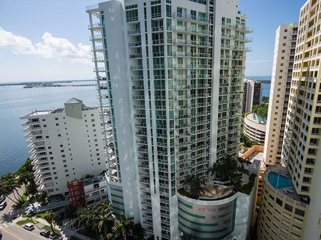 Emerald at Brickell apartments for sale and rent