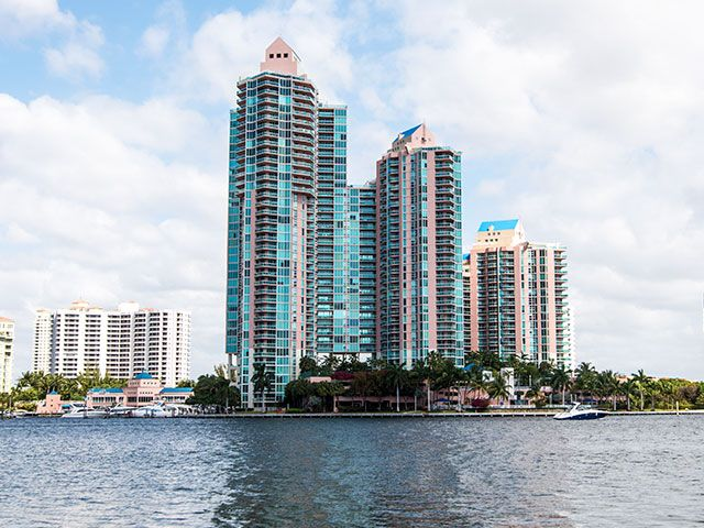 Hidden Bay Condos In Aventura For Sale And Rent Miami