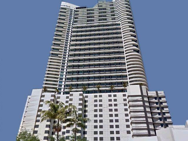 Infinity at Brickell apartments for sale and rent