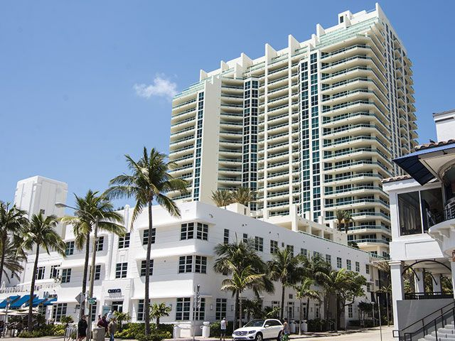 Las Olas Beach Club apartments for sale and rent