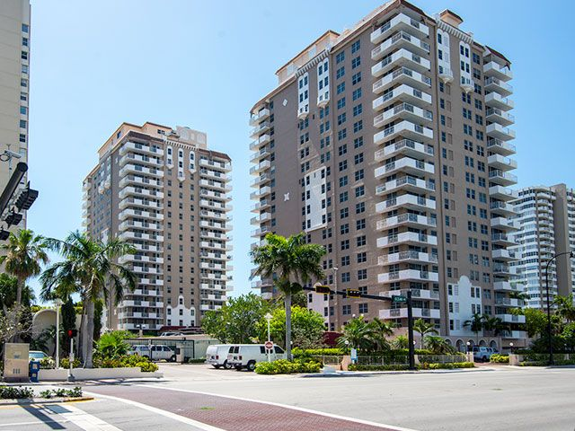 Malaga Towers apartments for sale and rent