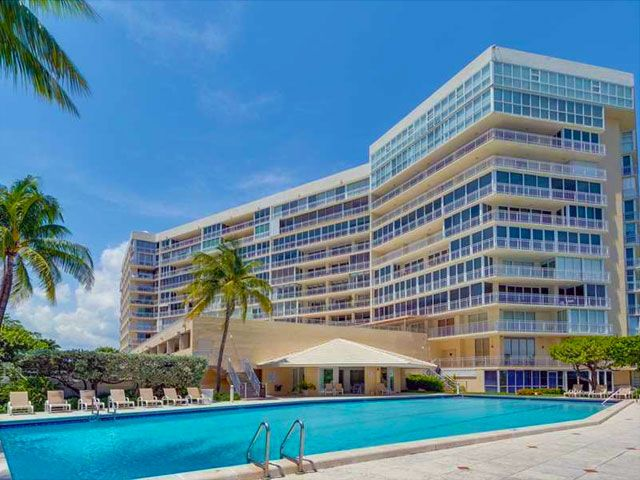 Mar Azul apartments for sale and rent
