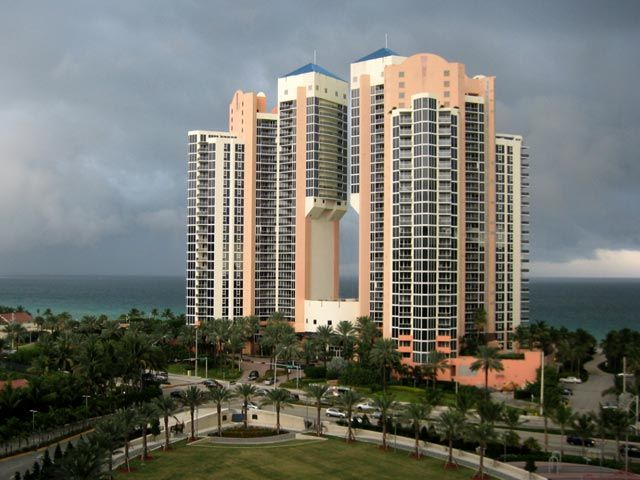 Ocean One apartments for sale and rent
