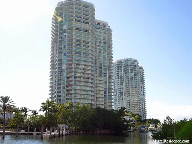 Oceania IV, V apartments for sale and rent