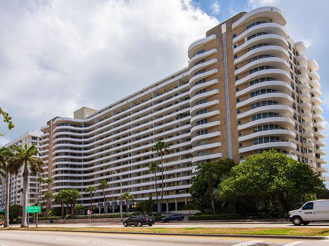 Oceanside Plaza apartments for sale and rent