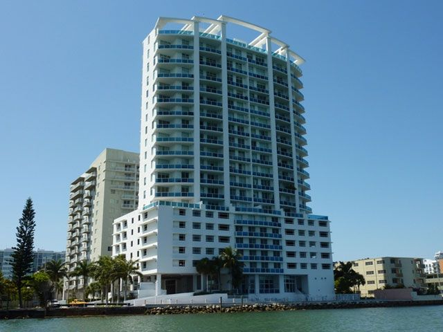 Onyx on the Bay apartments for sale and rent