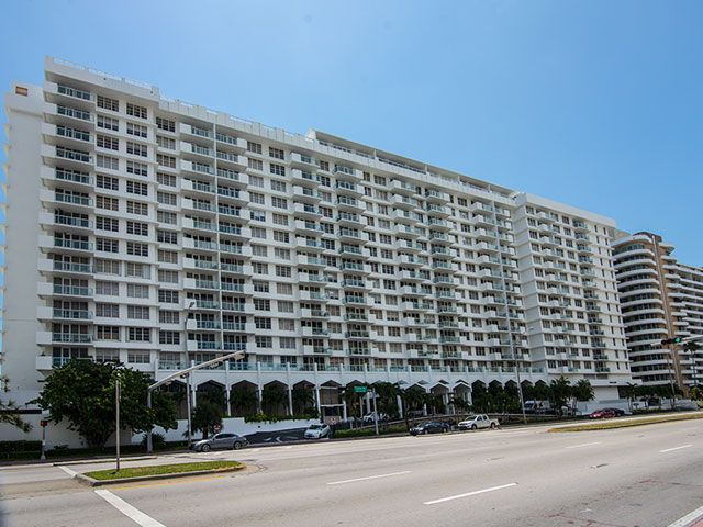 Pavilion apartments for sale and rent