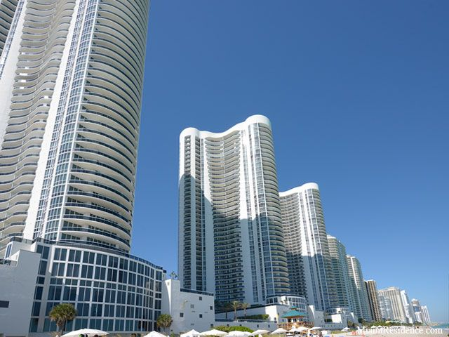 Trump Towers apartments for sale and rent