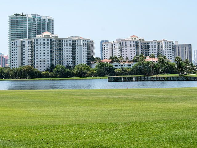 Turnberry Village apartments for sale and rent