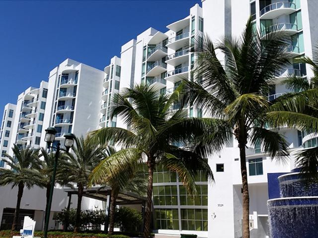 Uptown Marina Lofts apartments for sale and rent