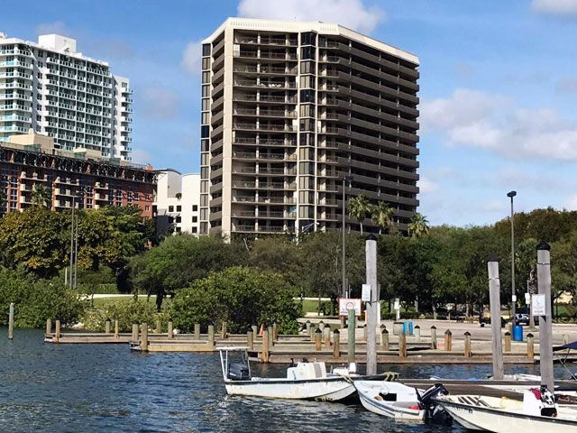 Yacht Harbour apartments for sale and rent