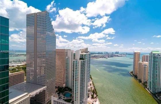 Miamiresidence apartments for rent miami property for Epic apartments miami
