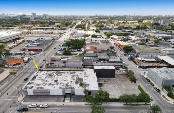 2200 NW 23rd St #