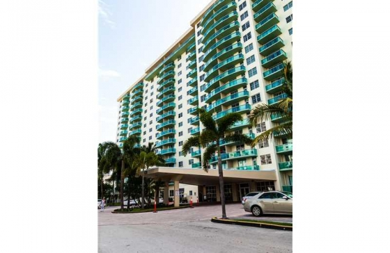 Miamiresidence Apartments For Rent Sunnyisl Property