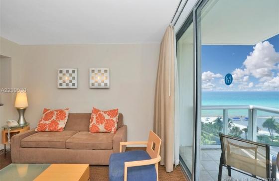 Marenas Resort Condo For Rent 18683 Collins Av Apartment